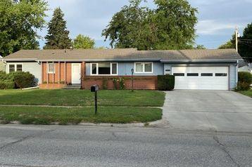 1535 N Lincoln Avenue Fremont, NE 68025 - Image 1