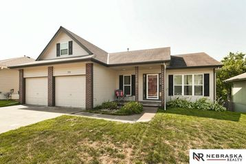 719 Cedar View Lane Bellevue, NE 68123 - Image 1