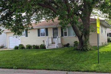 325 N Howard Street Fremont, NE 68025 - Image 1