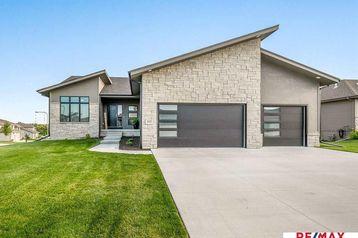 18301 Grant Street Elkhorn, NE 68022 - Image 1
