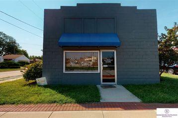 127 E Gardiner Street Valley, NE 68064 - Image 1