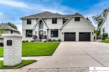 16325 Oak Circle Omaha, NE 68130 - Image 1