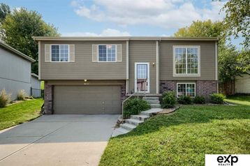 6621 N 115 Street Omaha, NE 68164 - Image 1