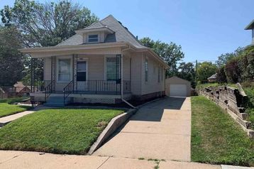 1750 S 29th Street Omaha, NE 68105 - Image 1
