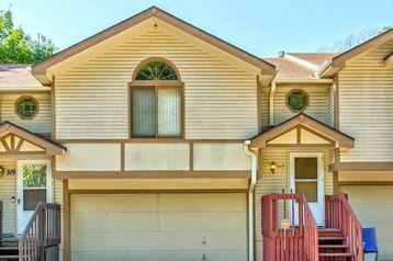 317 E 17 Avenue Bellevue, NE 68005 - Image 1