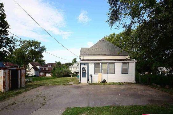 709 N 41 Street - Photo 3