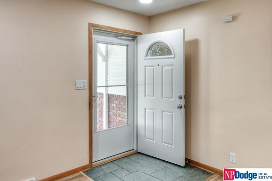 1113 Carriage Road - Photo 4