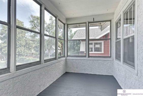 4307 Barker Avenue - Photo 4