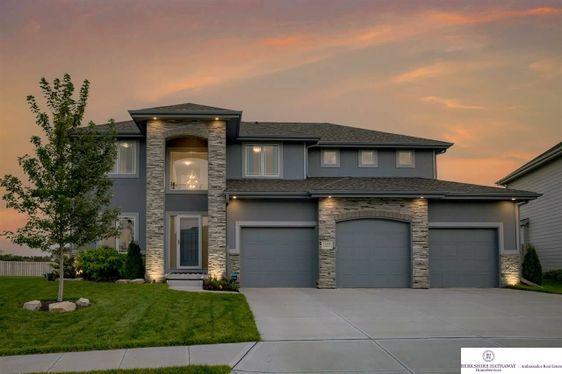 18307 Taylor Street Omaha, NE 68022