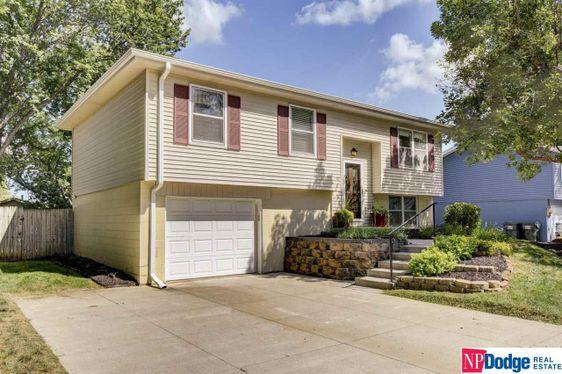 940 N 27 Street Blair, NE 68008