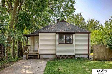305 W 19 Street Bellevue, NE 68005 - Image 1