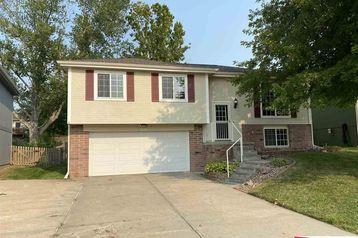 11328 Martin Avenue Omaha, NE 68164 - Image 1