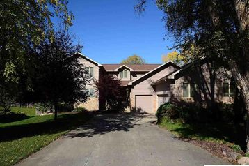 10631 Gold Plaza Omaha, NE 68124 - Image 1