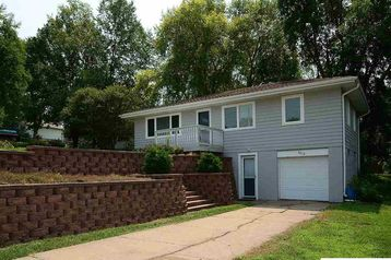 8219 Grant Street Omaha, NE 68134 - Image 1
