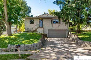 3405 Sherwood Drive Bellevue, NE 68147 - Image 1