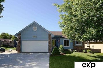 8253 Weber Street Omaha, NE 68122 - Image 1