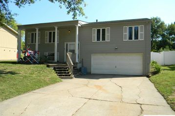 1617 N 105th Street Omaha, NE 68114 - Image 1