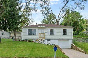 2305 Emiline Street Bellevue, NE 68147 - Image 1