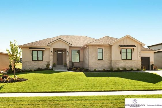 12829 Mormon Street Omaha, NE 68142