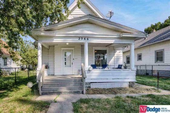 2566 Camden Avenue Omaha, NE 68111