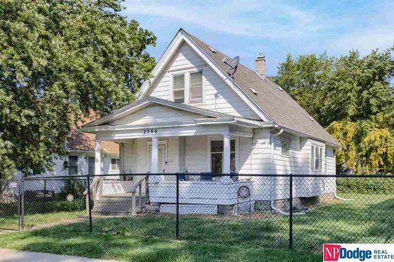 2566 Camden Avenue - Photo 2