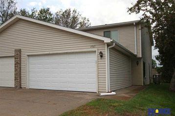 1563 Cedar Crest Drive Lincoln, NE 68521-1556 - Image 1