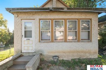 1201 Blaine Street Omaha, NE 68107 - Image 1
