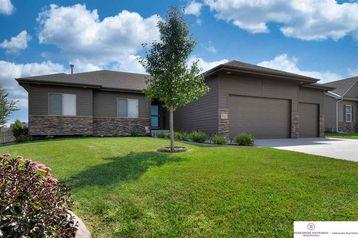 811 Fall Creek Road Papillion, NE 68133 - Image 1