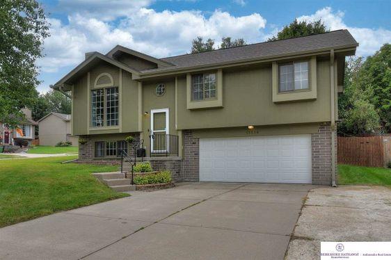 13506 S 33rd Street Bellevue, NE 68123