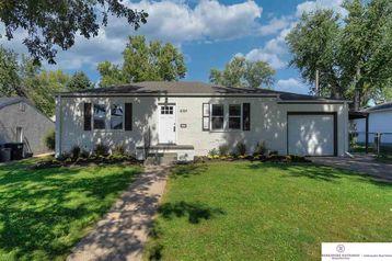 6164 Pine Street Omaha, NE 68106 - Image 1