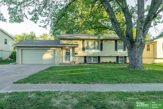 12768 Grover Street Omaha, NE 68144