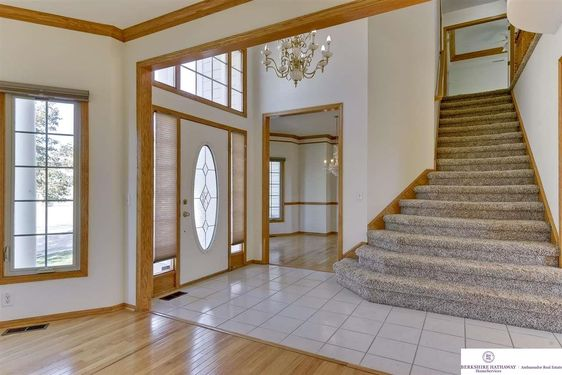 7909 Brentwood Drive - Photo 3