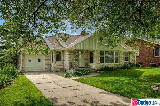 1813 N 59 Street Omaha, NE 68104