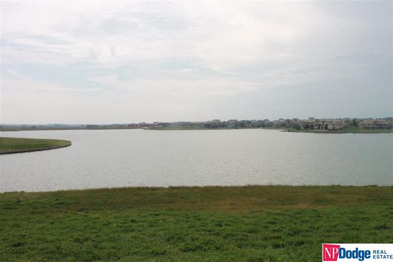 17401 Island Circle - Photo 3