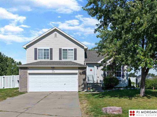 15852 Willow Circle Omaha, NE 68136