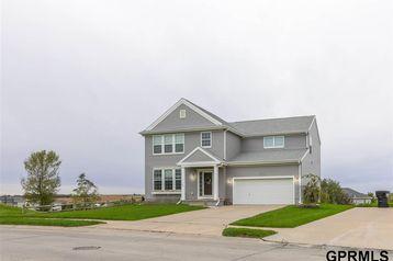 2112 Ridgeview Drive Papillion, NE 68046 - Image 1