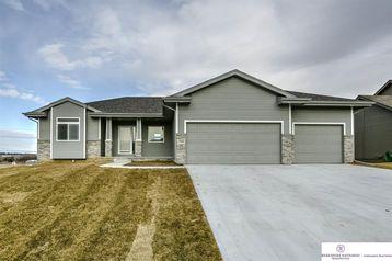 12206 Quail Drive Bellevue, NE 68123 - Image