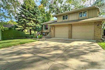 16123 Cedar Circle Omaha, NE 68130 - Image 1