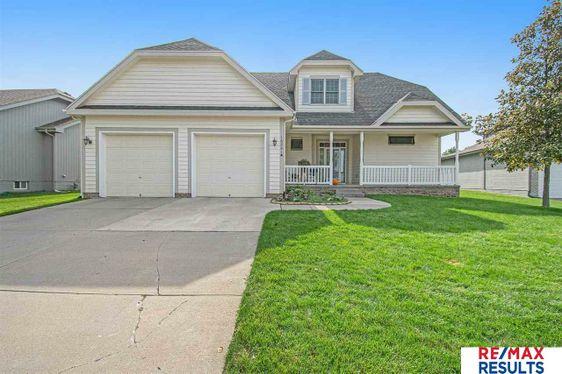 16541 Cottonwood Street Omaha, NE 68136