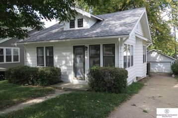 4216 Barker Avenue Omaha, NE 68105 - Image 1