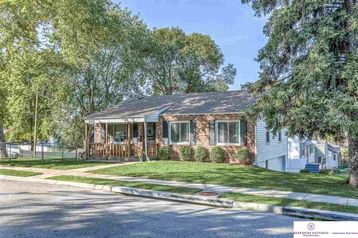 1702 S 61 Avenue Omaha, NE 68106 - Image 1