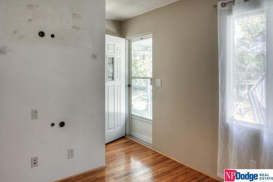 5827 Sahler Street - Photo 3
