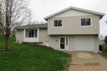 6714 Ogden Street Omaha, NE 68104 - Image 1