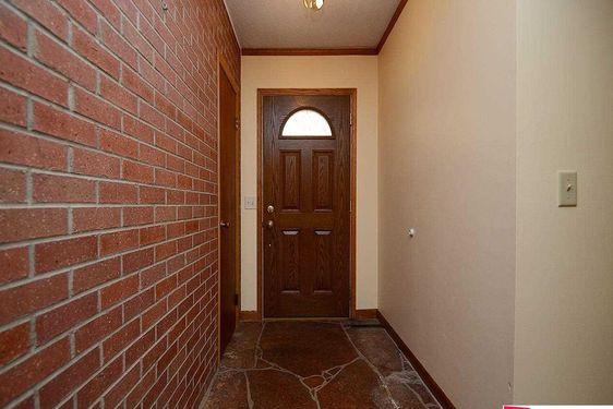 11930 Woolworth Avenue - Photo 2