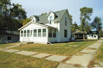 1104 Main Street Seward, NE 68434 - Image 1