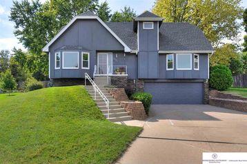 15523 Fieldcrest Circle Omaha, NE 68154 - Image 1