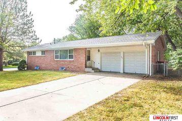 2041 Morningside Drive Lincoln, NE 68506 - Image 1