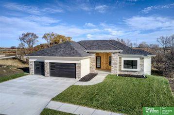 20538 Hartman Avenue Omaha, NE 68022 - Image 1