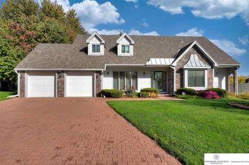 12310 Hamilton Circle Omaha, NE 68154 - Image 1