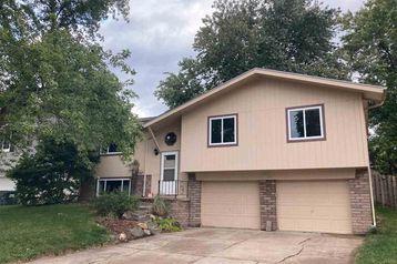8730 Bayberry Road La Vista, NE 68128 - Image 1